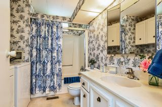 "Photo 8: 22 2306 198 Street in Langley: Brookswood Langley Manufactured Home for sale in ""CEDAR LANE 55+"" : MLS®# R2361882"