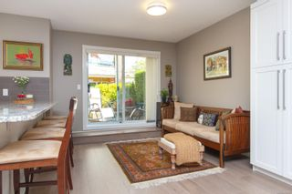 Photo 8: 124 75 Songhees Rd in Victoria: VW Songhees Row/Townhouse for sale (Victoria West)  : MLS®# 862955