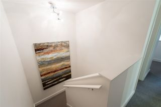 """Photo 9: 102 1168 RICHARDS Street in Vancouver: Yaletown Townhouse for sale in """"PARK LOFTS"""" (Vancouver West)  : MLS®# R2202304"""