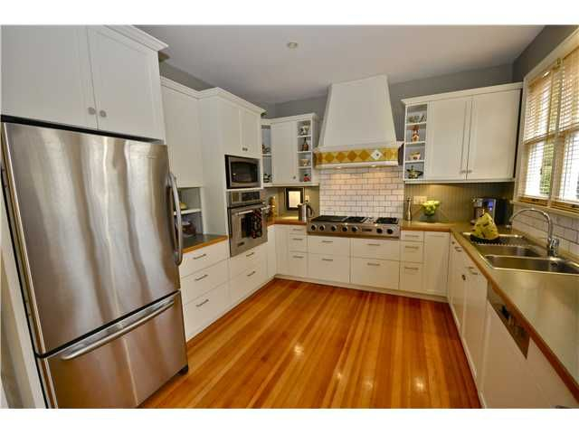 "Photo 11: Photos: 427 5TH Street in New Westminster: Queens Park House for sale in ""QUEENS PARK"" : MLS®# V864648"