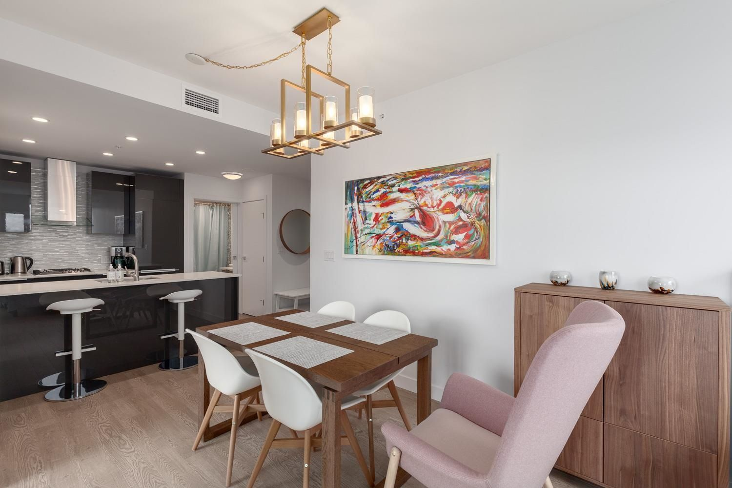"""Main Photo: 3604 1283 HOWE Street in Vancouver: Downtown VW Condo for sale in """"Tate Downtown"""" (Vancouver West)  : MLS®# R2593804"""