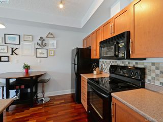 Photo 7: 207 1156 Colville Rd in VICTORIA: Es Gorge Vale Condo for sale (Esquimalt)  : MLS®# 761491