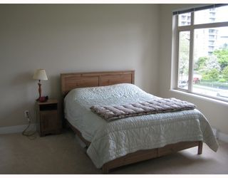 """Photo 5: 313 2280 WESBROOK MALL BB in Vancouver: University VW Condo for sale in """"KEATS HALL"""" (Vancouver West)  : MLS®# V712066"""