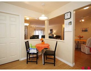 """Photo 7: 205 20189 54TH Avenue in Langley: Langley City Condo for sale in """"CATALINA GARDENS"""" : MLS®# F2900010"""