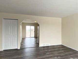 Photo 11: 221 Bowman Court in Saskatoon: Dundonald Residential for sale : MLS®# SK842913
