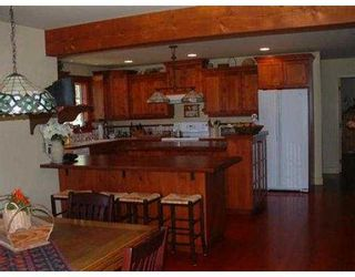 Photo 5: 127 CLARK RD in Gibsons: Gibsons & Area House for sale (Sunshine Coast)  : MLS®# V561909