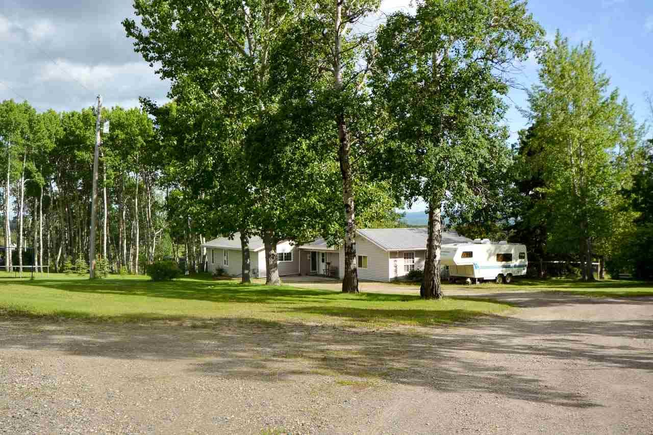 """Main Photo: 12233 PACIFIC Avenue in Fort St. John: Fort St. John - Rural W 100th House for sale in """"GRAND HAVEN"""" (Fort St. John (Zone 60))  : MLS®# R2281592"""