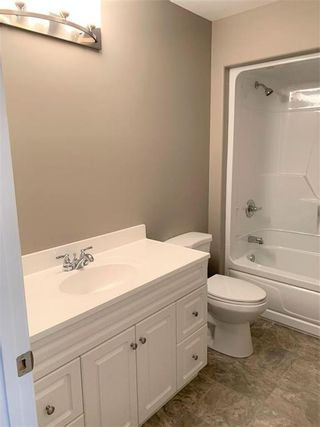 Photo 15: 136 5th Avenue Southwest in Dauphin: Southwest Residential for sale (R30 - Dauphin and Area)  : MLS®# 202110889