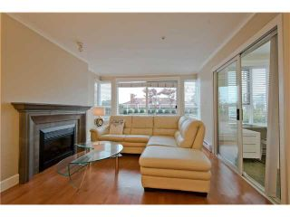 Photo 2: 206 2103 W 45th Avenue in Vancouver: Kerrisdale Condo for sale (Vancouver West)  : MLS®# V1035439
