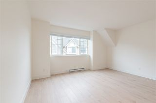 """Photo 10: 15 15488 101A Avenue in Surrey: Guildford Townhouse for sale in """"Cobblefield Lane"""" (North Surrey)  : MLS®# R2449529"""