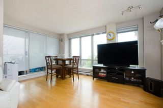"Photo 5: 302 3811 HASTINGS Street in Burnaby: Vancouver Heights Condo for sale in ""Mondeo"" (Burnaby North)  : MLS®# R2204101"