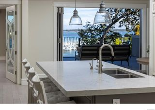 Photo 13: 3555 Beach Dr in Oak Bay: OB Uplands House for sale : MLS®# 886317