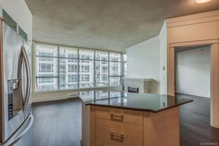 Photo 5: 402 845 Yates St in Victoria: Vi Downtown Condo for sale : MLS®# 844824