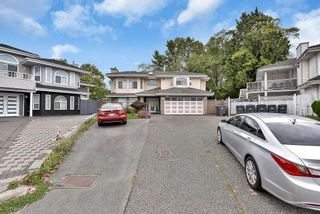 Photo 3: 7088 126B Street in Surrey: West Newton House for sale : MLS®# R2621125