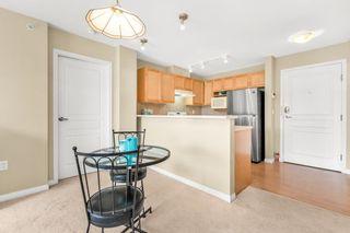 "Photo 6: 405 15188 22 Avenue in Surrey: Sunnyside Park Surrey Condo for sale in ""Muirfield Gardens"" (South Surrey White Rock)  : MLS®# R2600390"