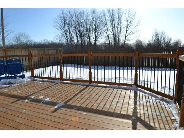 Photo 17: Photos: 10 Carriage House Road in WINNIPEG: St Vital Residential for sale (South East Winnipeg)  : MLS®# 1504404
