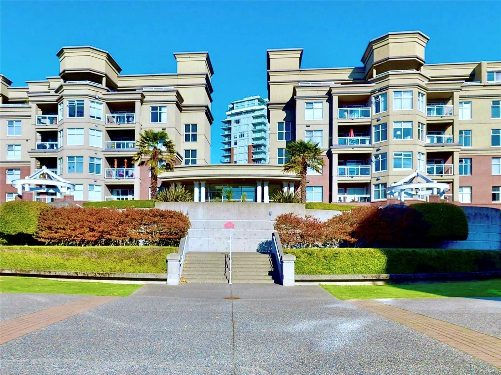 Main Photo: 213 165 Kimta Rd in : VW Songhees Condo for sale (Victoria West)  : MLS®# 859651