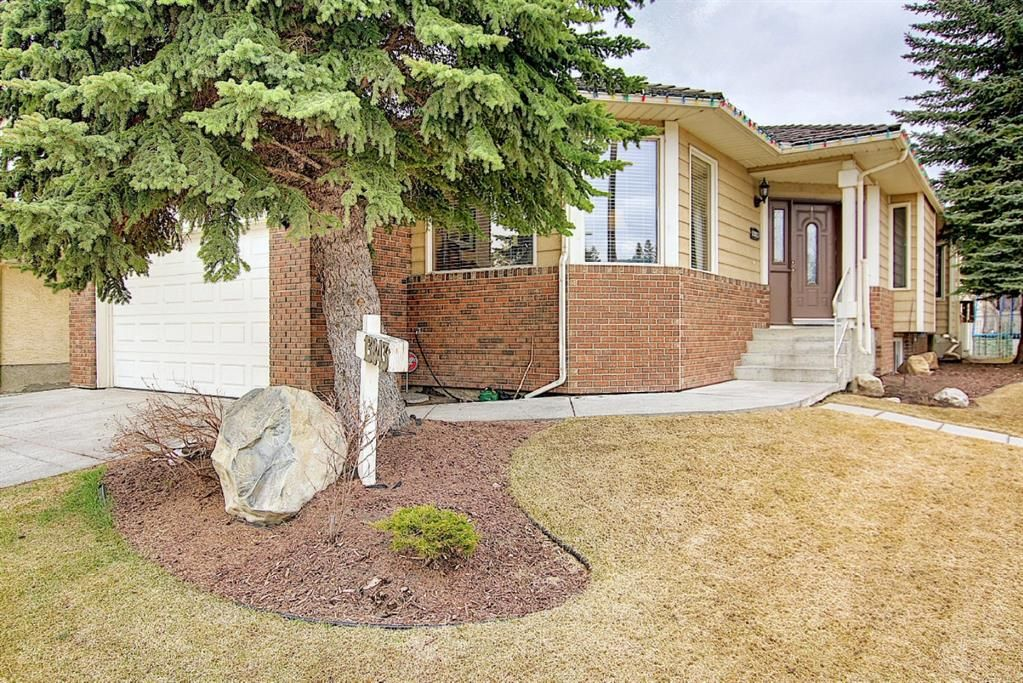 Main Photo: 13843 Evergreen Street SW in Calgary: Evergreen Detached for sale : MLS®# A1099466