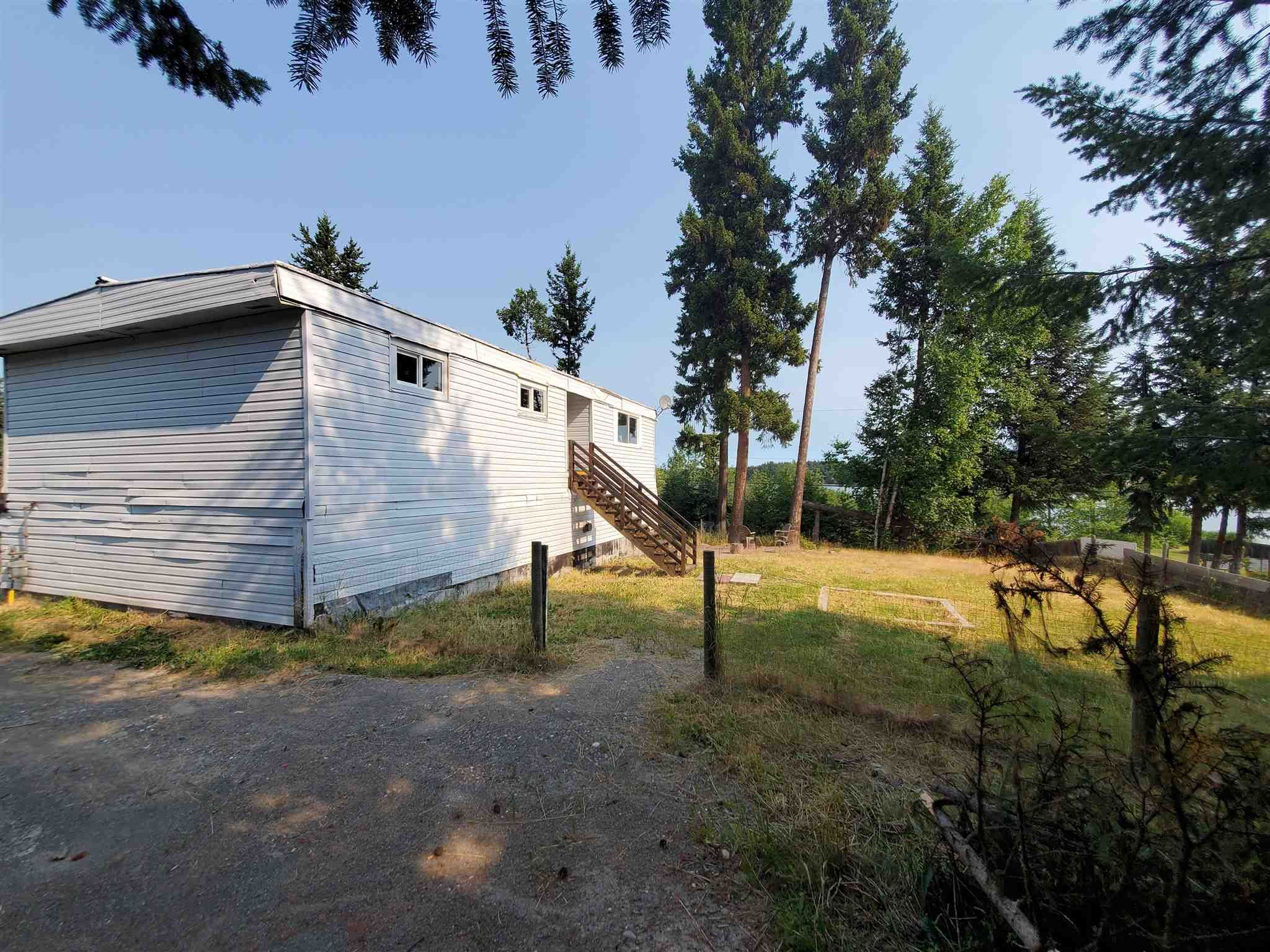 Photo 3: Photos: 2507 NORWOOD Road in Quesnel: Bouchie Lake Manufactured Home for sale (Quesnel (Zone 28))  : MLS®# R2606130