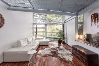Photo 1: 1328 E 6TH Avenue in Vancouver: Grandview VE 1/2 Duplex for sale (Vancouver East)  : MLS®# R2116332