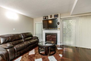 """Photo 6: 7359 PINNACLE Court in Vancouver: Champlain Heights Townhouse for sale in """"PARKLANE"""" (Vancouver East)  : MLS®# R2207367"""