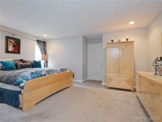 Photo 10: 2981 Lakewood Pl in VICTORIA: La Humpback House for sale (Langford)  : MLS®# 738166