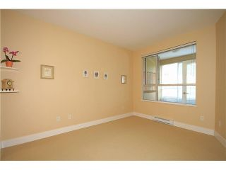 """Photo 6: 308 2655 CRANBERRY Drive in Vancouver: Kitsilano Condo for sale in """"NEW YORKER"""" (Vancouver West)  : MLS®# V1017086"""