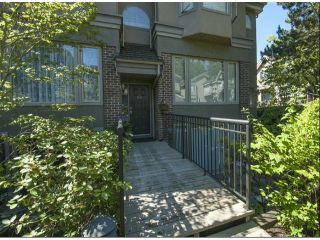 """Photo 1: 1534 BEST Street: White Rock Townhouse for sale in """"The Courtyards"""" (South Surrey White Rock)  : MLS®# F1316341"""