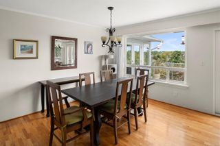 Photo 7: 310 Windermere Pl in : Vi Fairfield West House for sale (Victoria)  : MLS®# 876076