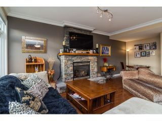 Photo 3: 35524 ALLISON Court in Abbotsford: Abbotsford East House for sale : MLS®# F1431752