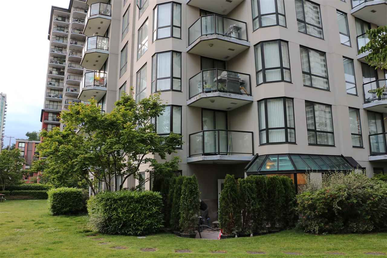 Main Photo: 201 838 AGNES STREET in New Westminster: Downtown NW Condo for sale : MLS®# R2179080