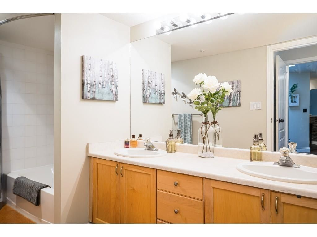 """Photo 16: Photos: 306 5450 208 Street in Langley: Langley City Condo for sale in """"Montgomery Gate"""" : MLS®# R2608181"""