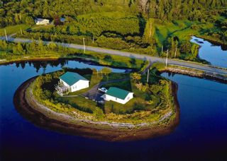 Photo 3: 1709 Shore Road in Merigomish: 108-Rural Pictou County Residential for sale (Northern Region)  : MLS®# 202120402