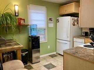 Photo 4: 8711 80 Avenue in Edmonton: Zone 17 House for sale : MLS®# E4243135