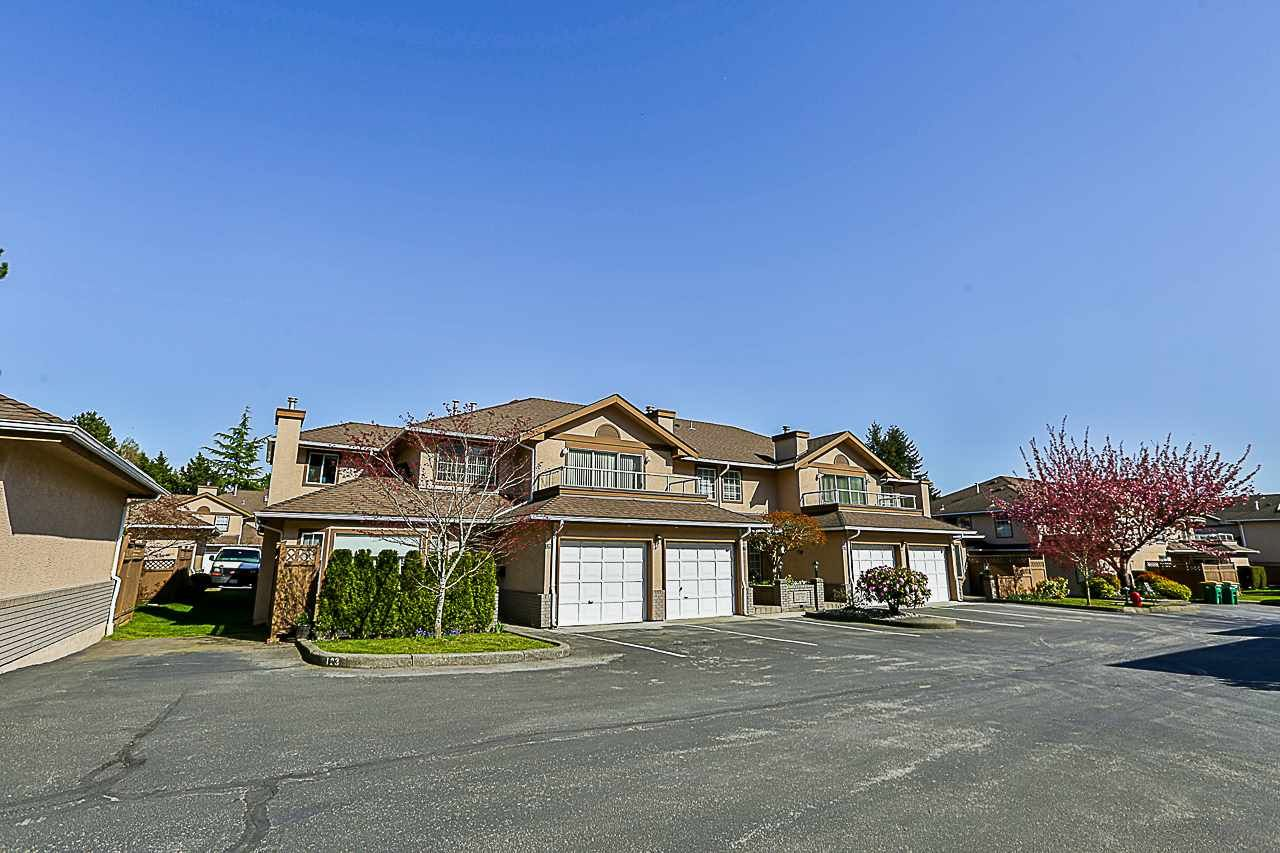 Main Photo: 119 14861 98 AVENUE in : Guildford Townhouse for sale : MLS®# R2343953