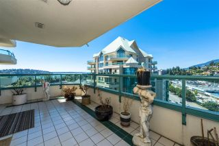 "Photo 3: 17E 338 TAYLOR Way in West Vancouver: Park Royal Condo for sale in ""The West Royal"" : MLS®# R2204846"
