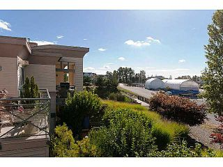 """Photo 3: 220 5500 ANDREWS Road in Richmond: Steveston South Condo for sale in """"SOUTHWATER"""" : MLS®# V1013275"""