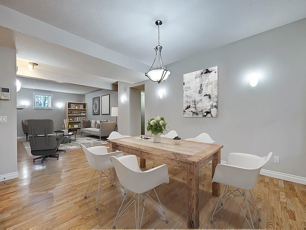 Main Photo: 302 Garrison Square SW in Calgary: Garrison Woods Row/Townhouse for sale : MLS®# C4225939