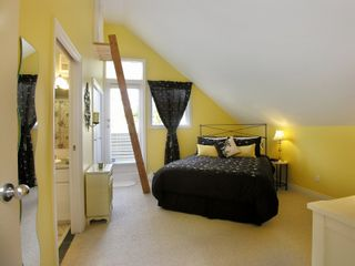 """Photo 9: 8231 TUGBOAT Place in Vancouver: Southlands House for sale in """"ANGUS LANDS"""" (Vancouver West)  : MLS®# V737387"""