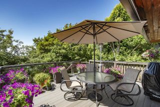 Photo 14: 555 LUCERNE Place in North Vancouver: Upper Delbrook House for sale : MLS®# R2599437