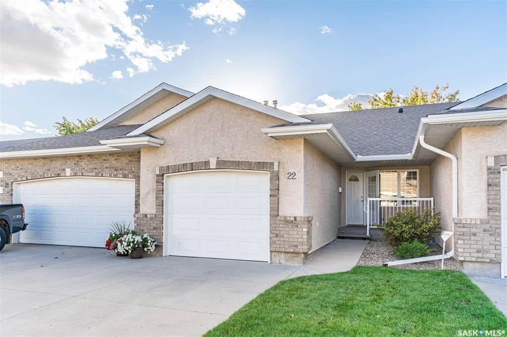 Main Photo: 22 Crystal Villa in Warman: Residential for sale : MLS®# SK839584