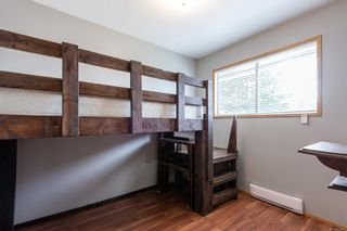 Photo 15: 910 Hemlock St in : CR Campbell River Central House for sale (Campbell River)  : MLS®# 869360
