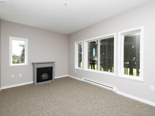 Photo 2: 409 360 Goldstream Ave in VICTORIA: Co Colwood Corners Condo for sale (Colwood)  : MLS®# 816353
