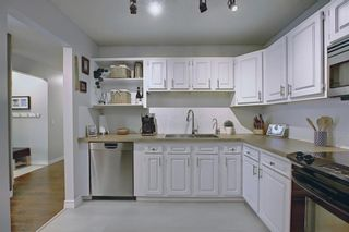 Photo 8: 1701 2520 Palliser Drive SW in Calgary: Oakridge Row/Townhouse for sale : MLS®# A1099510