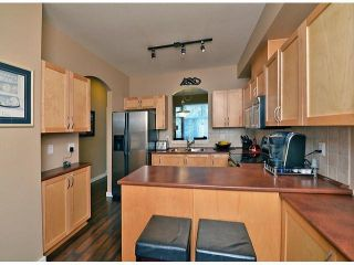 """Photo 4: 50 11860 RIVER Road in Surrey: Royal Heights Townhouse for sale in """"Cypress Ridge"""" (North Surrey)  : MLS®# F1417810"""