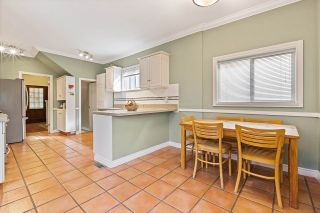 Photo 11: 1962 E 2ND AVENUE in Vancouver: Grandview Woodland House for sale (Vancouver East)  : MLS®# R2502754