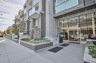 Photo 1: 409 6333 SILVER AVENUE in Burnaby: Metrotown Condo for sale (Burnaby South)  : MLS®# R2493070