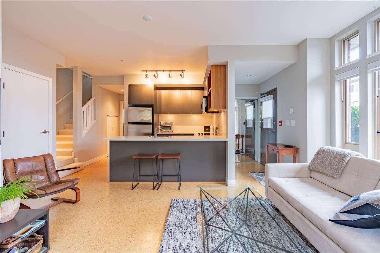 """Main Photo: 2858 WATSON STREET in Vancouver: Mount Pleasant VE Townhouse for sale in """"Domain Townhouse"""" (Vancouver East)  : MLS®# R2514144"""