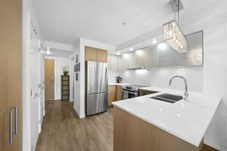 """Photo 8: 311 221 E 3RD Street in North Vancouver: Lower Lonsdale Condo for sale in """"Orizon on Third"""" : MLS®# R2470227"""