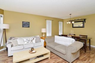 Photo 3: 29 SOMERVALE Close SW in Calgary: Somerset House for sale : MLS®# C4111976